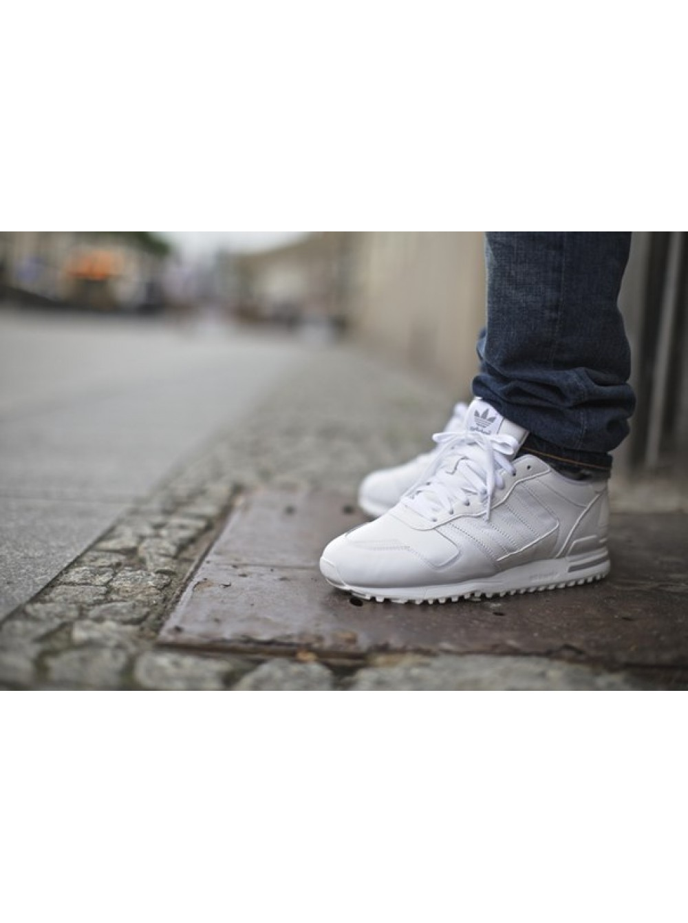 098728dd59c60 Adidas ZX 700 Leather White (Женские)