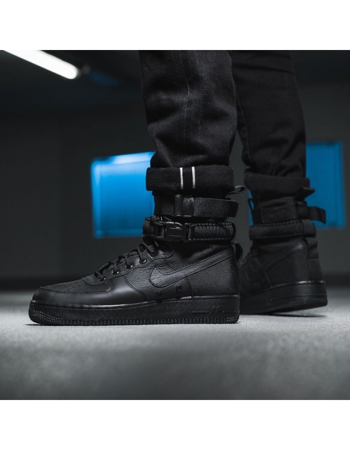 Nike SF Air Force 1 женские